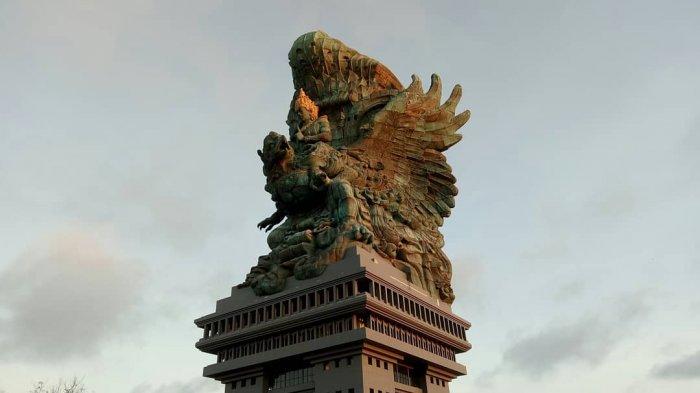 patung-garuda-wisnu-kencana_20180923_085930.jpg