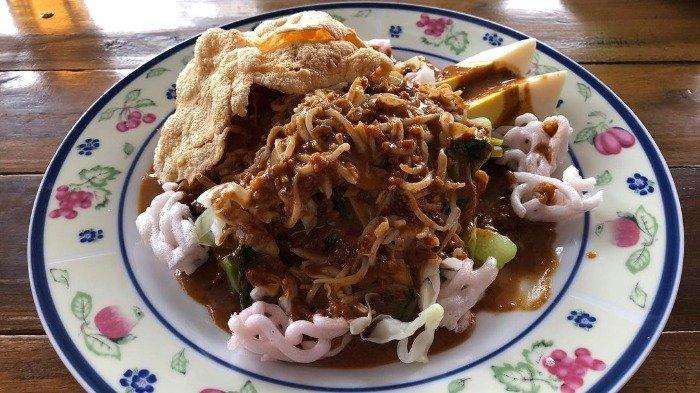 Rekomendasi Pecel Oranye dan 5 Kuliner Malam di Tasikmalaya yang Paling Legendaris
