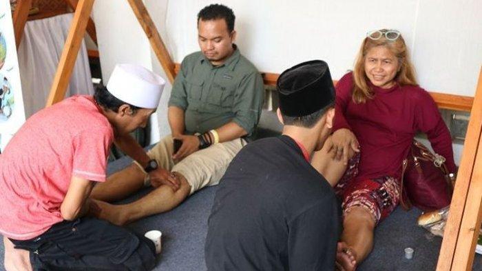 Mencoba Sensasi Urut Cimande, Pijat Tradisional dari Bogor yang Legendaris
