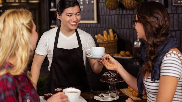 Pelayanan di cafe dan restoran