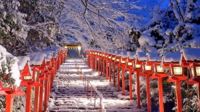 Kuil Kifune, Tempat Terindah di Kyoto saat Salju Mulai Turun