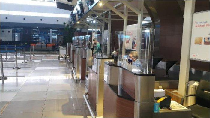 Persiapan Normal Baru, Bandara Soekarno-Hatta Pasang Pembatas Acrylic dan Modifikasi Lift