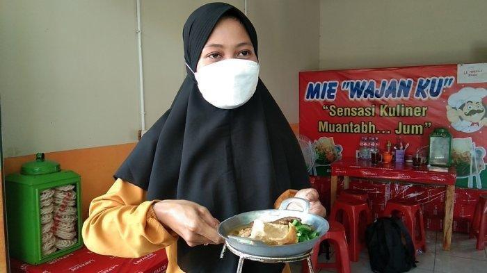 Penampakan mi ayam wajan di Desa Mrisen, Kecamatan Juwiring, Kabupaten Klaten, Rabu (13/10/2021).