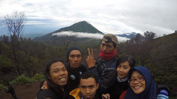 Cerita Traveler Liburan ke Banyuwangi, Lihat Blue Fire dan Berbagi Tips Wisata ke Kawah Ijen