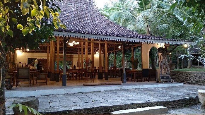 5 Tempat Nongkrong dan Ngopi Hits di Jogja Bernuansa Tradisional Jawa