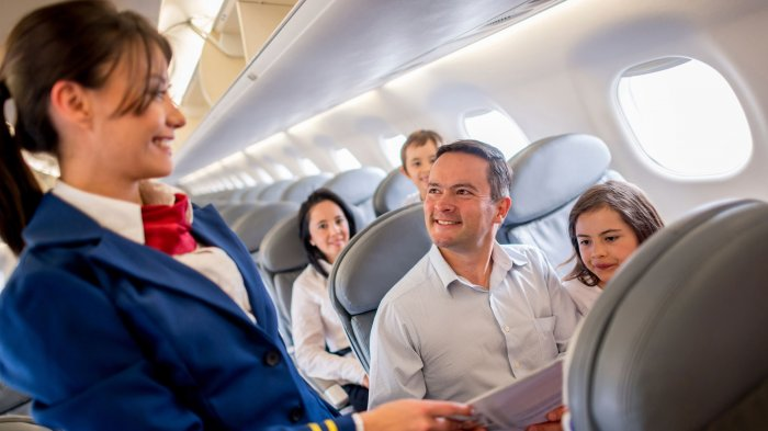 Menurut Pramugari, Inilah Kebiasaan Buruk yang Sering Dilakukan Penumpang Pesawat