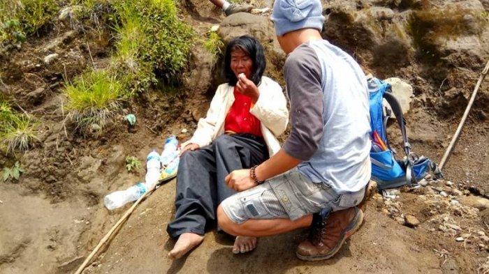 Viral Medsos - Miris! Ditemukan di Gunung Ciremai, Wanita Ini Ternyata Dibuang Saudaranya