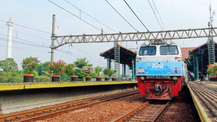 Daftar Jadwal KA Jarak Jauh dan KA Lokal untuk Keberangkatan dari Stasiun Karawang