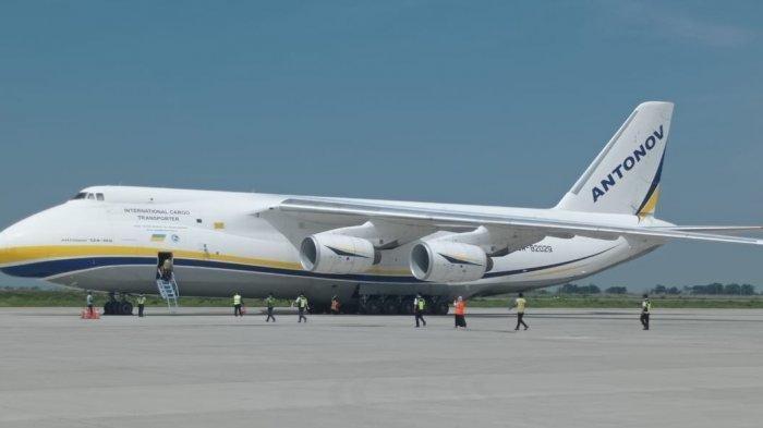 PesawanAntonovAN124-100 Mendarat Lagi di Bandara YIA dan Diprediksi Akan Terus Berlanjut