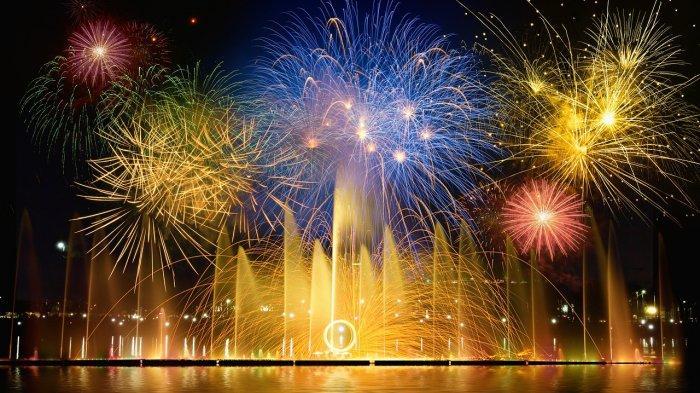 Pesta kembang api di malam tahun baru