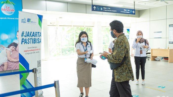 Petugas PT MRT Jakarta