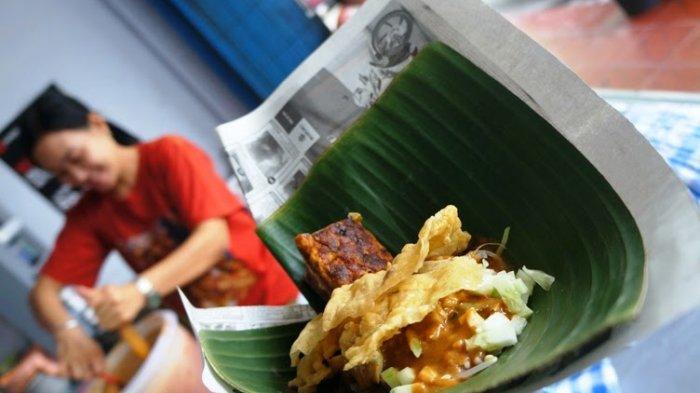 Mengenal 10 Jenis Wadah dan Pembungkus Makanan Tradisional Khas Indonesia dari Daun Pisang