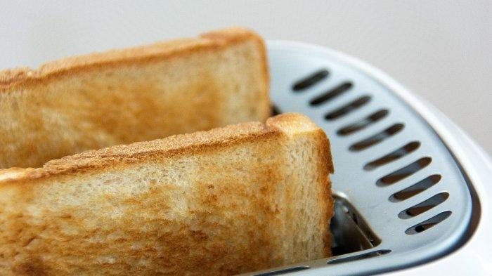 Pinggiran roti bakar