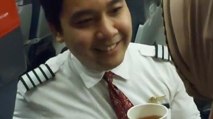 Pramugara Lion Air Donny Prima Yuszela Viral di Medsos, Ajak Netizen Berbuat Baik Tanpa Pandang Bulu