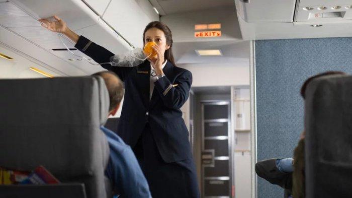 Meski Sering Naik Pesawat, Jangan Pernah Abaikan Instruksi Keselamatan dari Pramugari
