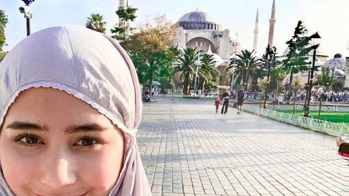 Prilly Latuconsina Traveling ke Turki, Berikut 5 Wisata Gratis di Istanbul yang Bisa Kamu Kunjungi