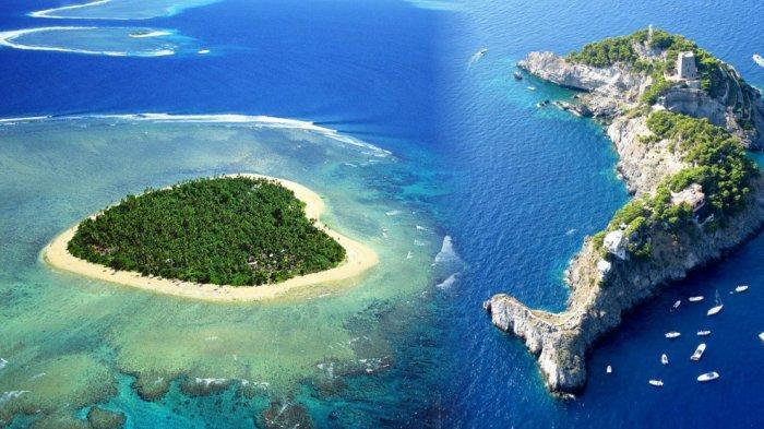 8 Pulau dengan Bentuk Terunik di Dunia, Ada yang Berbentuk Hati hingga Helikopter