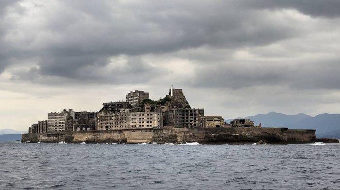 Pulau Hashima, Kota 'Hantu' di Tengah Lautan yang Kini Menjadi Destinasi Wisata Populer di Jepang