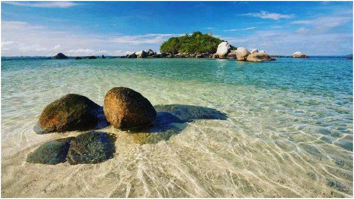 10 Pantai Cantik di Bangka Buat Liburan Akhir Pekan, Pasirnya Putih dan Ombaknya Tenang