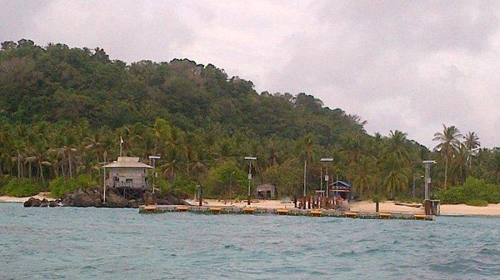 15 Tempat Wisata di Natuna untuk Liburan Akhir Pekan, Jelajah Pulau Senoa hingga Tanjung Senubing
