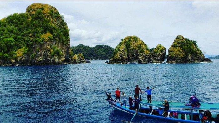 Pulau Wayang, Pahawang, Lampung.