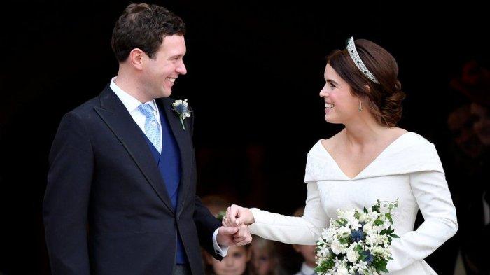 Gaun Pernikahan Putri Eugenie Berpotongan Leher Rendah, Ada Kisah Menyentuh di Balik Desainnya