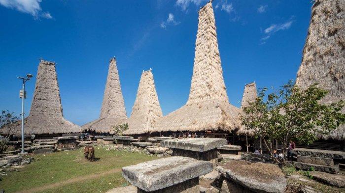 5 Destinasi Wisata di Sumba Cocok Dikunjungi Saat Traveling, Termasuk Kampung Adat Ratenggaro
