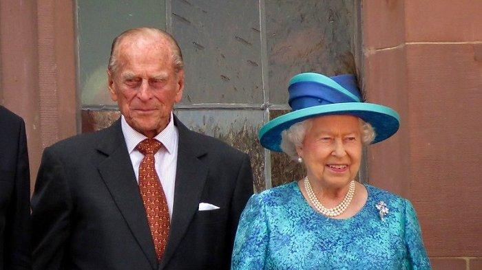 Ratu Elizabeth II dan Pangeran Philip Telah Disuntik Vaksin Covid-19