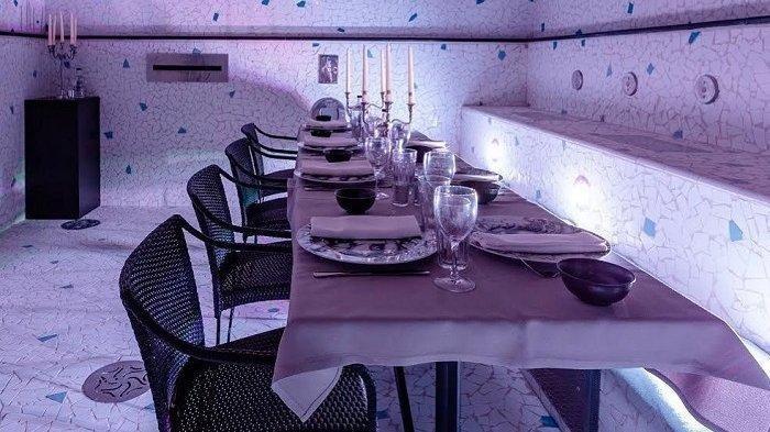 Unik, Kolam Renang di Hotel Ini Diubah Menjadi Restoran