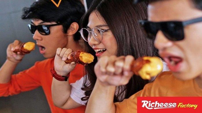 Promo Richeese Factory Januari 2019 - Khusus Hari Ini, Beli Fire Chicken Cuma Rp 22 Ribuan
