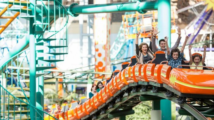 Terjebak Selama 1 Jam di Ketinggian 46 Meter, Penumpang Roller Coaster Ini Berhasil Diselamatkan
