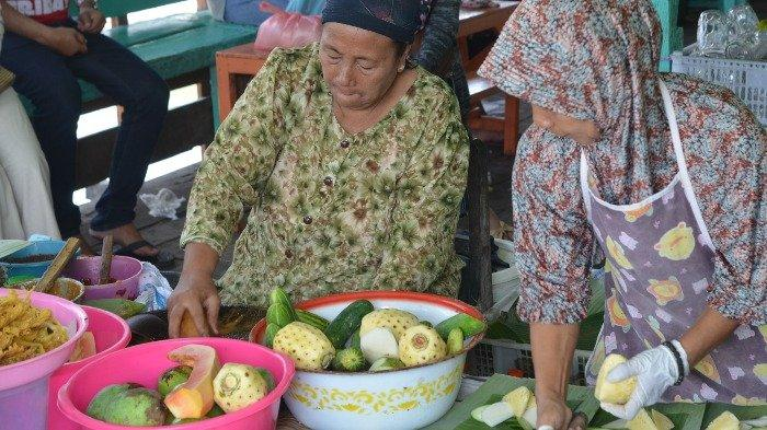Icip Pedas Segarnya Rujak Mak Tas Paciran, Kuliner Legendaris di Lamongan Favorit Trio Macan