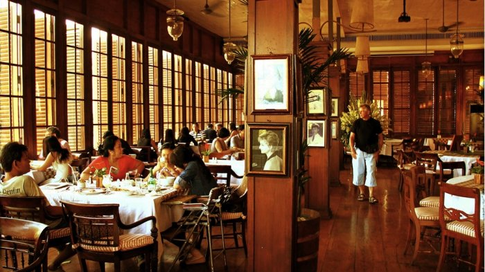 Ingin Bernostalgia? 5 Tempat Makan Legendaris di Jakarta Ini Wajib Disinggahi
