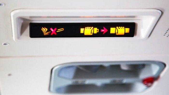3 Pesan Tersirat yang Disampaikan Pilot Lewat Lampu Tanda Sabuk Pengaman