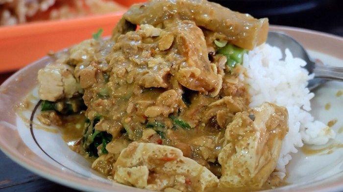 Sambal Tumpang Bu Kis dan 5 Rekomendasi Kuliner Lezat di Solo untuk Makan Siang