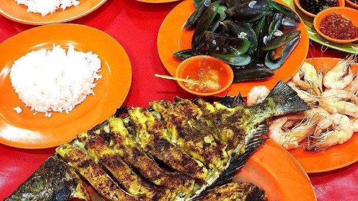 Cari Kuliner Malam di Jakarta Selatan? Coba 4 Warung Seafood Kaki Lima Ini