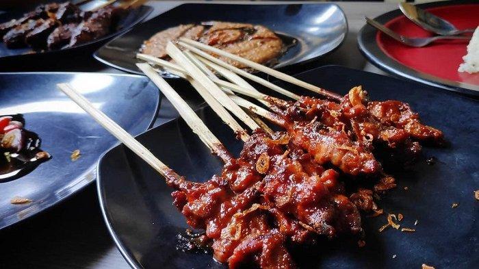 Berburu Kuliner di Jakarta? 5 Kedai Sate Kambing Paling Enak Ini Harus Kamu Coba