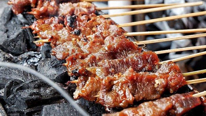 7 Kuliner Dekat Malioboro Jogja, Cicipi Nikmatnya Sate Kere Bu Dibyo