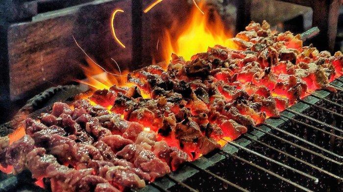 6 Sate Enak di Surabaya untuk Menu Makan Malam, Bumbunya Manis Gurih dengan Aroma Bakaran yang Sedap