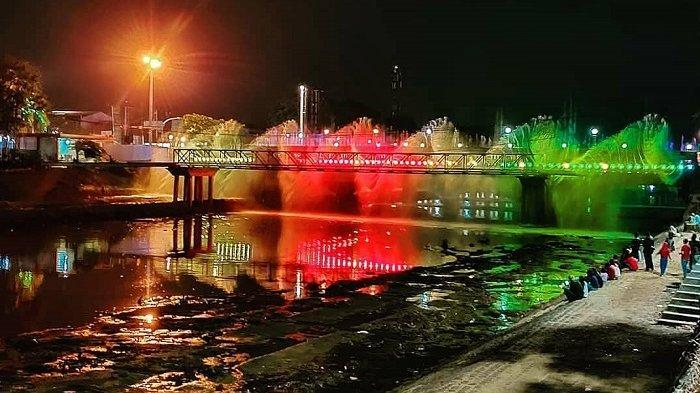 Seamrang Bridge Fountain., Banjir Kanal Barat
