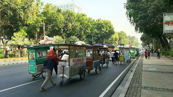 Pelantikan Jokowi-Ma'ruf Amin, Ada Ribuan Porsi Nasi Goreng Gratis di Dekat Istana Negara