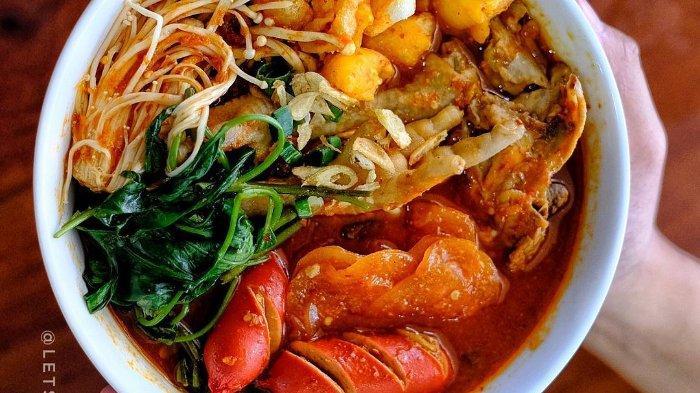 7 Tempat Makan Seblak di Bandung yang Terkenal Enak, Ada Seblak Sultan dengan Isian Melimpah