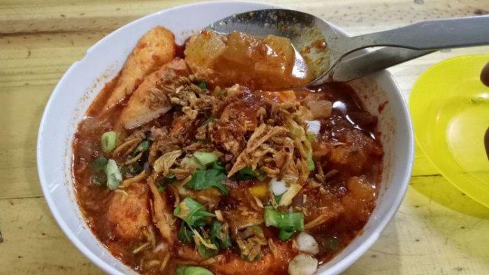 6 Seblak Bandung yang Viral di TikTok, Cara Makannya Ada yang Pakai Cobek hingga Mukbang