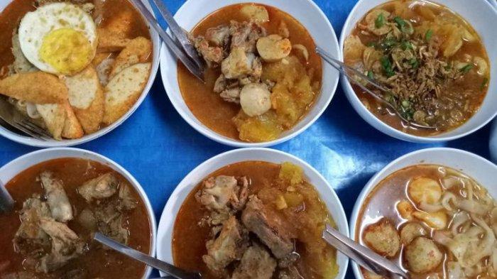 Ilustrasi ragam hidangan di Seblak Jeletet Qu
