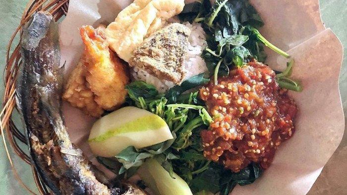 Sego Tempong Mbok Nah, Rawon Bik Ati, dan 5 Kuliner Malam di Banyuwangi yang Harus Dicicipi