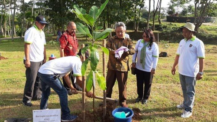 Kebun Raya Indrokilo Diresmikan, Bupati Boyolali Ajak Anak Muda Buat Cinderamata Khas