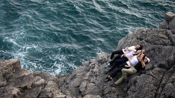 7 Aksi Selfie Berujung Maut yang Viral di Medsos, Tak Sengaja Tembak Dirinya Sendiri
