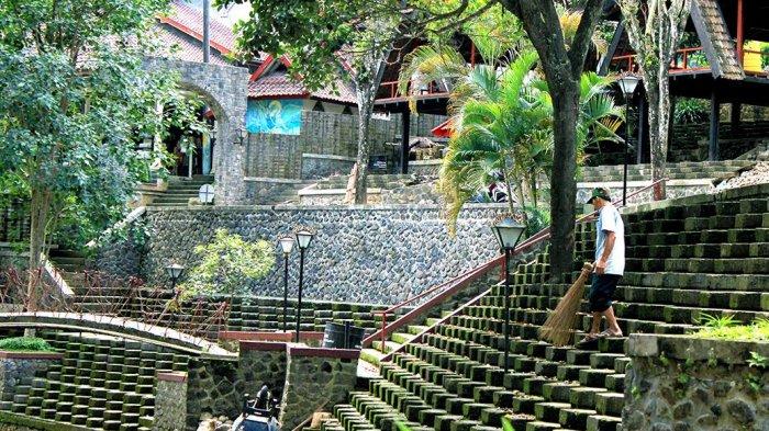 Wisata Kulonprogo - Dulunya Menjadi Tempat Ziarah, Kini Sendangsono Banyak Dikunjungi Wisatawan