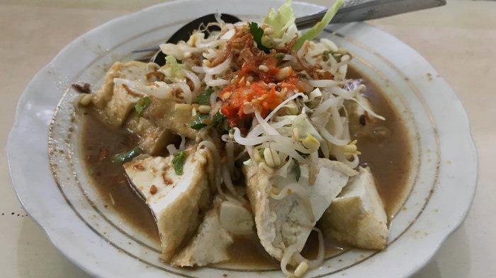 Kupat Tahu Pojok Magelang, Kuliner Legendaris Langganan SBY yang Tetap Eksis hingga Kini
