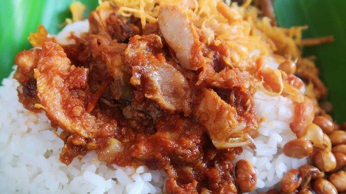 TRAVEL UPDATE: Nikmatnya Nasi Balap Inaq Esun, Kuliner Legendaris di Lombok yang Buka Sejak 1973